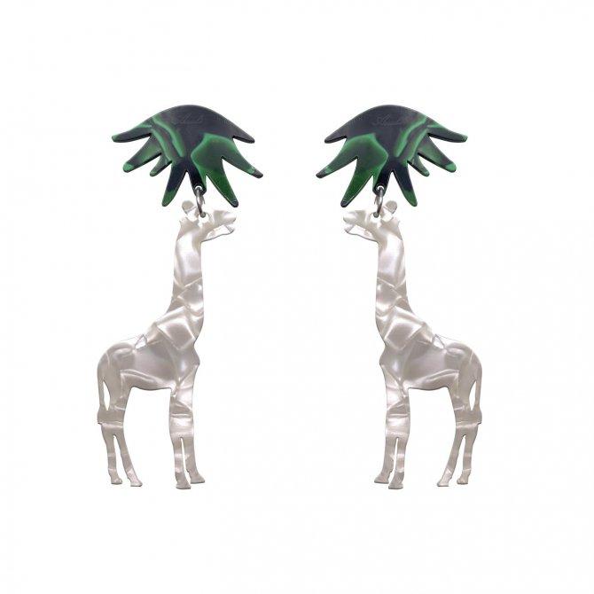 pendientes jirafa blanco nacarado a la venta en anabi.online