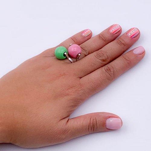Detalle 2 anillos bolas de Murano